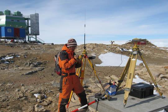 南极测绘科考事业发展纪实