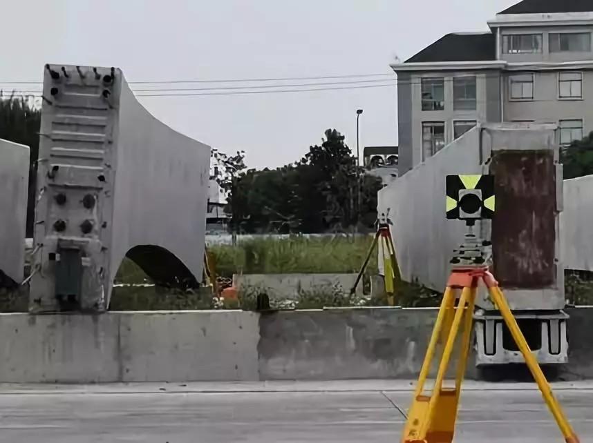 徕卡MS60全站扫描仪在轻轨高架梁体检测中的应用