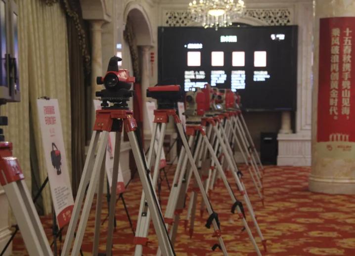 科力达测绘仪器装备展示7