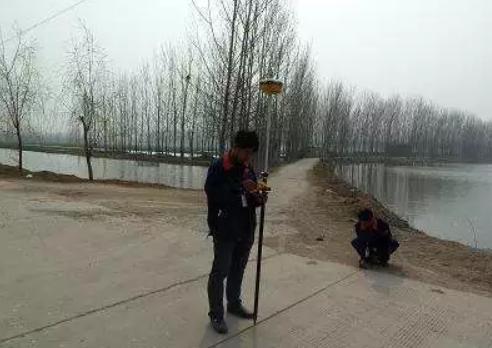 RTK道路测量现场